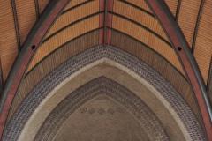 1_2_2020-05_GA_MP_Familiekerk_hout_op_steen_6_LR